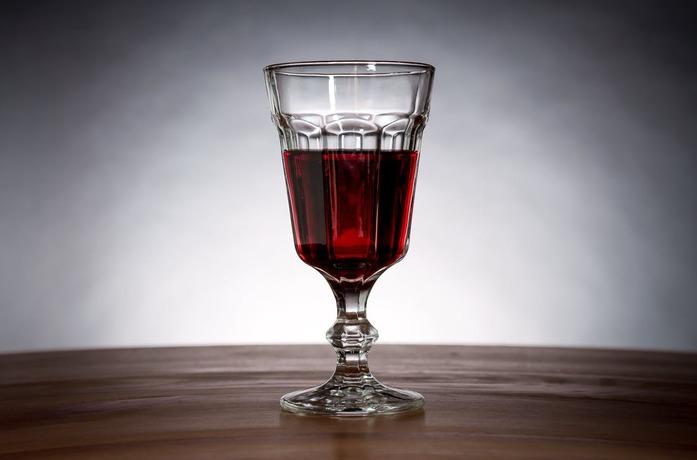 Waarom we meer drinken dan vroeger